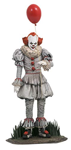 Diamond Select It Chapter 2 Gallery Pennywise PVC Figure