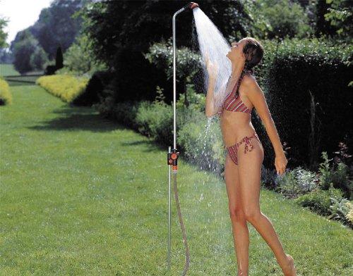 Gardena Gartendusche solo: Dusche mit angenehmem Brausestrahl, Wassermenge stufenlos...